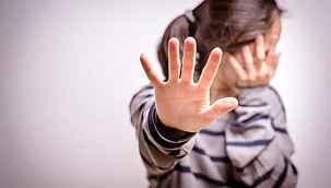 Savcı, kitabı silah saydı... Ders çalışmayan kızını kitapla döven anne yargılanacak
