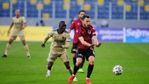 Süper Lig: Gençlerbirliği: 1 - Fenerbahçe: 2