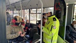 Toplu taşıma araçları ve taksilerde Korona virüs denetimi