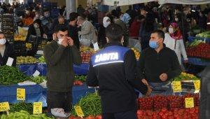 Vakaların arttığı İzmir'de pazar yerlerindeki denetimler sıklaştırıldı