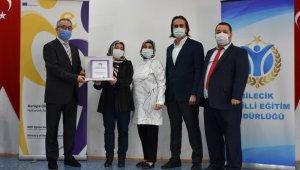 15 okul, 19 öğretmen Ulusal ve Avrupa Kalite Etiketi Sertifikasıyla ödüllendirildi
