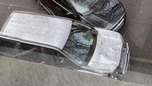 Almanya'da araç yayaların arasına daldı: 2 ölü