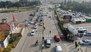 Bursa'da 'önce yaya' uygulamasında sürücüler tek tek durdurulup bilgilendirildi - Bursa Haberleri