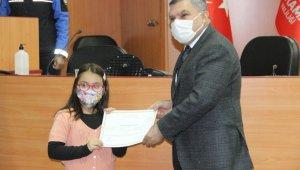 Karaman'da robotik kodlama kursunu bitiren öğrencilere sertifika