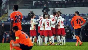 UEFA Şampiyonlar Ligi: Medipol Başakşehir: 3 - RB Leipzig: 4