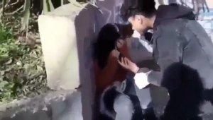 Henüz 18 bile değiller... Kız arkadaşını dövüp, utanmadan kayda aldırdı