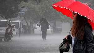 6 kentimizde kuvvetli yağış, 4 bölgede de fırtına bekleniyor