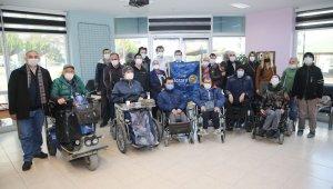Atakum'da engellilere diş taraması