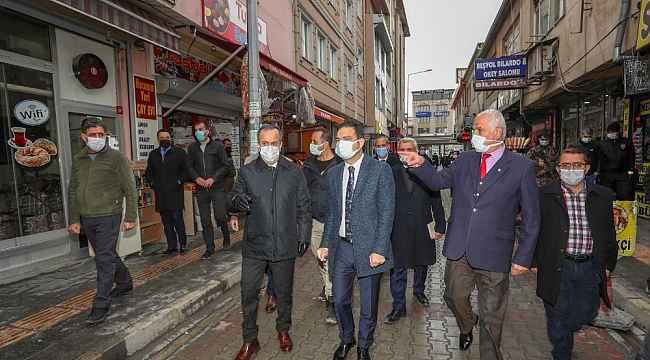 Başkan Vekili Aslan, esnafın sorunlarını yerinde dinliyor