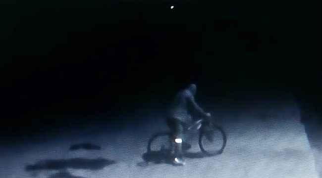 Bisikletli hırsız kısıtlama dinlemedi