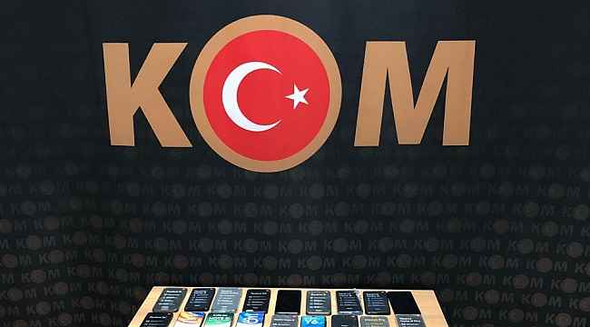 Bitlis'te 38 adet gümrük kaçağı cep telefonu ele geçirildi