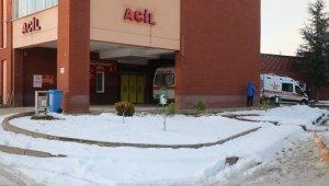 Bolu'da yaşlı çift sobadan sızan gazdan zehirlendi