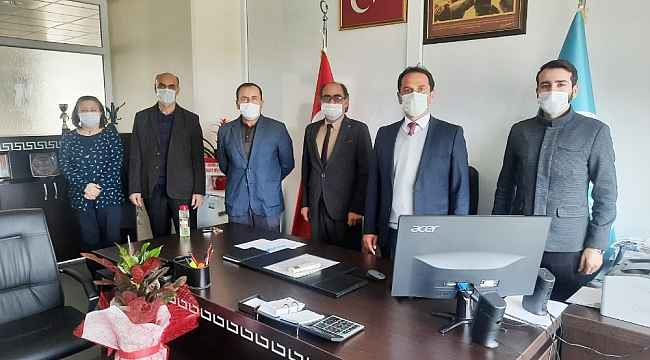 Burhaniye'de Bezirgan, Meslek Yüksekokulu Müdürü oldu