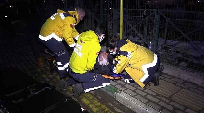 Bursa'da sürücü kontrolü kaybetti, ilk önce işçi servisine ardından durağa girdi:1 ölü, 4 yaralı - Bursa Haberleri