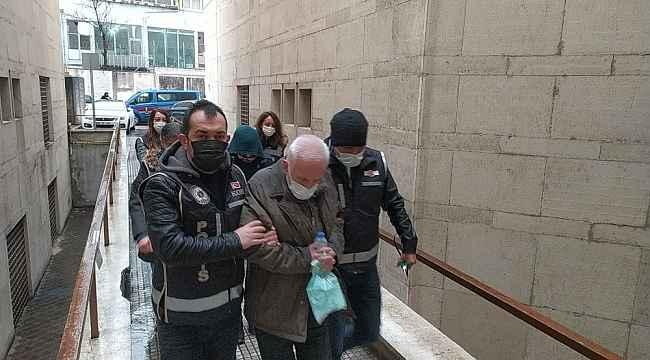 Bursa'da vatandaşları uygunsuz fotoğraflarıyla teşhir edip şantaj yapan çete çökertildi - Bursa Haberleri