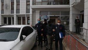 Çaldıkları motosiklet ile benzin aldılar yakalandılar