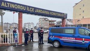Çambaşı Yaylası'nda evlerden hırsızlık yapanlar yakalandı