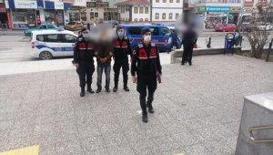 Çorum'da çaldığı kabloları yakarken yakalanan zanlı tutuklandı
