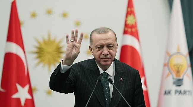 """Cumhurbaşkanı Erdoğan, """"Zerre kadar onuru olsa o koltuktan çekip giderdi"""""""