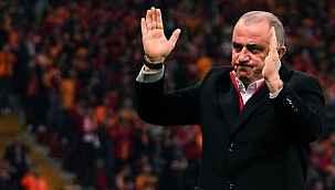 """""""Derin bir yalnızlık hissettim"""" diyen Fatih Terim'e Galatasaraylı taraftarlar destek oldu"""