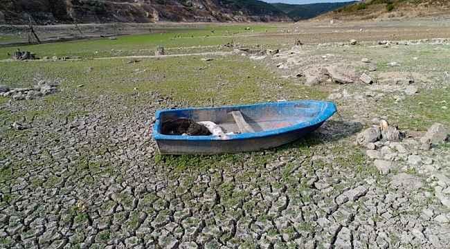 """Doç. Dr. Ahmet Demirak: """"İklim değişikliği Türkiye'yi 'su fakiri' yapabilir"""""""