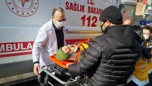 Ehliyetsiz sürücünün çarptığı kadına ilk müdahaleyi başhekim yaptı - Bursa Haberleri