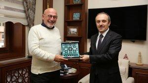 Eski Bakan Ersin Taranoğlu Vali Cüneyt Epcim'i ziyaret etti