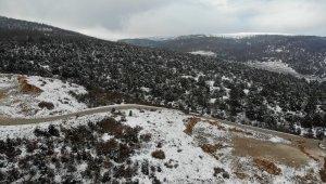 Eskişehir'de yılın ilk karından kartpostallık manzaralar