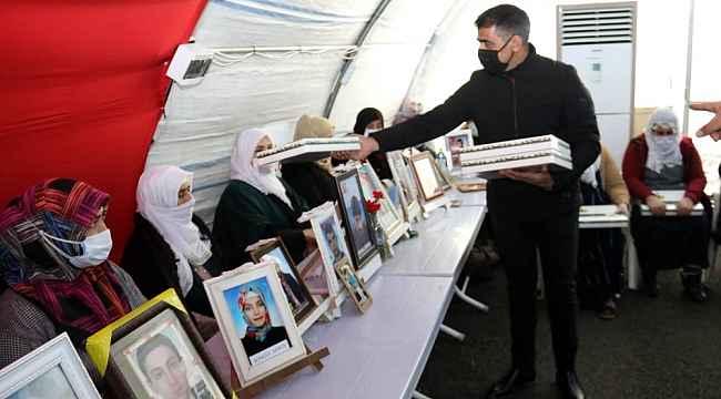 Evlât nöbetine Osmangazi desteği - Bursa Haberleri