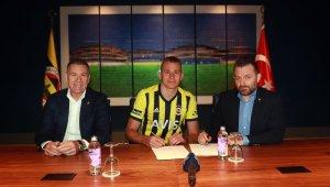 Fenerbahçe, Attila Szalai'yi kadrosuna kattı