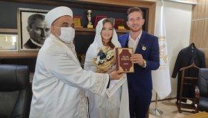 Filipinli Gargia, Nizip'te Müslüman oldu