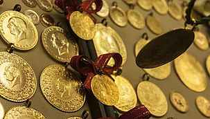 Güne düşüşle başlayan altının gram fiyatı 445 lira