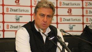 """Hamza Hamzaoğlu: """"Futbolda bazen kazandık derken, kaybedebiliyorsunuz"""""""