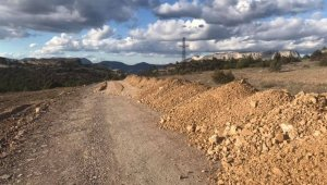 Harmanköy Köyü yolunun 3 kilometrelik kısmında çalışmalar tamamlandı
