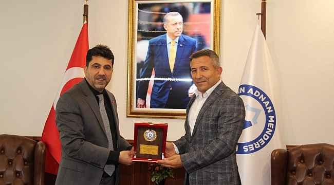 Hayırsever iş adamı Mehmet Emin Dinç Rektör Aldemir ile görüştü