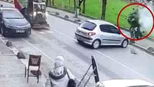 İstanbul'da feci motosiklet kazası kamerada