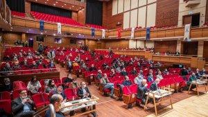 İzmir Büyükşehir Belediyesi Meclisinde Kültürpark ve Covid-19 sunumu