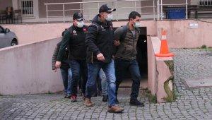 İzmir merkezli terör operasyonunda şüpheliler adliyeye sevk edildi