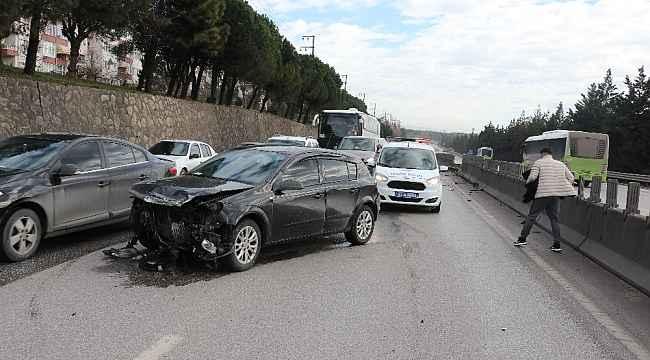 İzmit D-100'de kaza: 1 yaralı