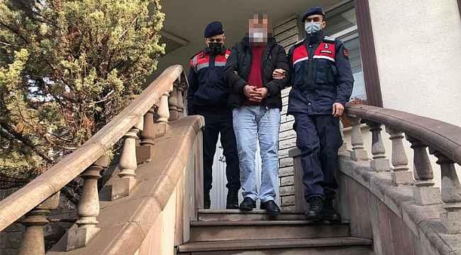 Jandarma 3 ton demiri çalan hırsızları suçüstü yakaladı