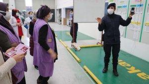 Jandarma, KADES uygulamasını kadın çalışanlara anlattı