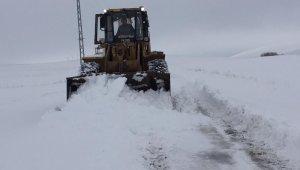 Kahramanmaraş'ta karla mücadele