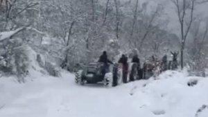 Karda traktörlerle drift - Bursa Haberleri