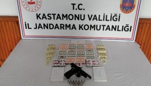 Kastamonu'da kumar oynayan 14 kişi suçüstü yakalandı