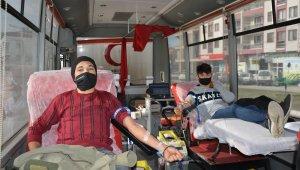 Kaymakam Yıldırım'dan kan bağışına destek