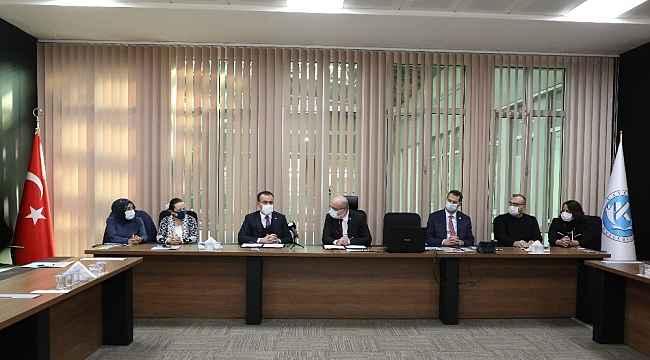 """Kayseri Üniversitesi ile Kayseri SMMMO Arasında """"Tezsiz Yüksek Lisans ve Eğitim İşbirliği Protokolü"""" imzalandı"""