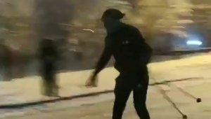 Kısıtlama sebebiyle Uludağ'a çıkamayınca sokakta kayak yaptı - Bursa Haberleri