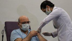 Kocaeli'nde ilk Korona virüs aşısı vuruldu
