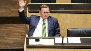 Korona virüs toplantısında oyun oynayan Eyalet Başbakanı Ramelow, özür diledi