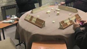 Kumar oynarken yakalanan 11 kişiye 15 bin TL ceza kesildi